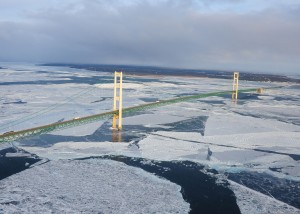 ice_forms_in_the_straits_of_mackinac_underneath_the_mackinac_bridge_near_st_120124-g-jl323-038