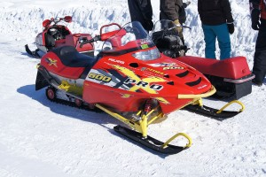 Snowmobile_Polaris_600_Pro